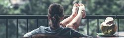 Przyczyny i sposoby radzenia sobie z problemem obrzęku nóg.